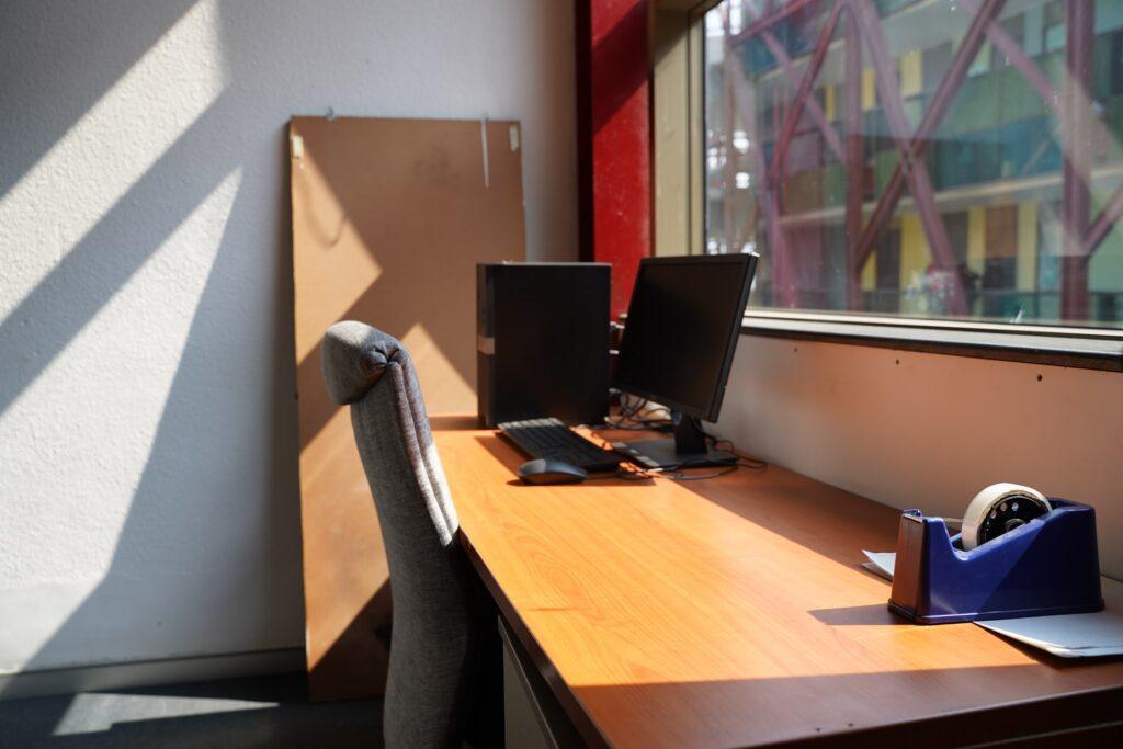 natural light -Citadil Interior design Work space